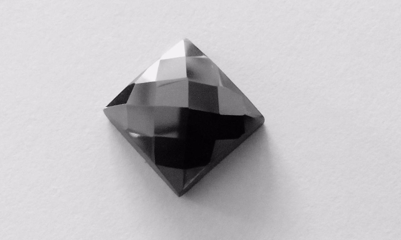 Діамант - Муассанит 2.77 Carat 8.72х8.60х3.73 mm