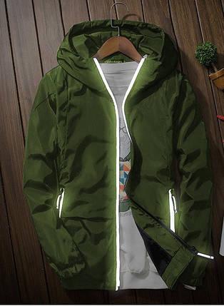Мужская куртка ветровка с капюшоном цвета хаки, фото 2