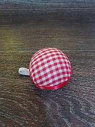 Игольница подушечка с резинкой на руку, D=60 мм,красная в клетку