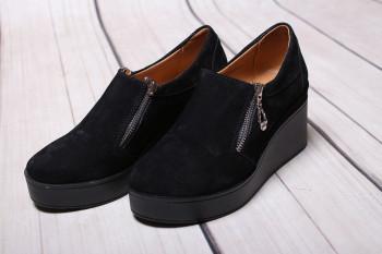 Туфли женские из натуральной замши черного цвета