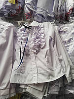 Блуза школьная нарядная с рюшами  с длинным рукавом для девочки оптом