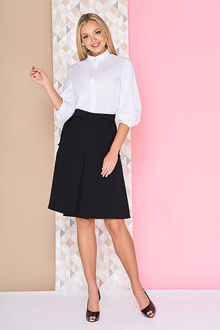 """Женская базовая однотонная юбка-трапеция до колен с карманами и складкой по центру """"S-12"""" черная, фото 2"""