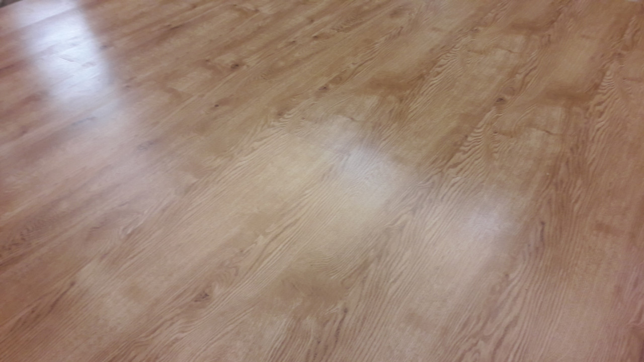 "Ламинат Spring Floor 32 класс ""Дуб Хорстон"" 8 мм толщина, пачка - 2,4 м.кв"