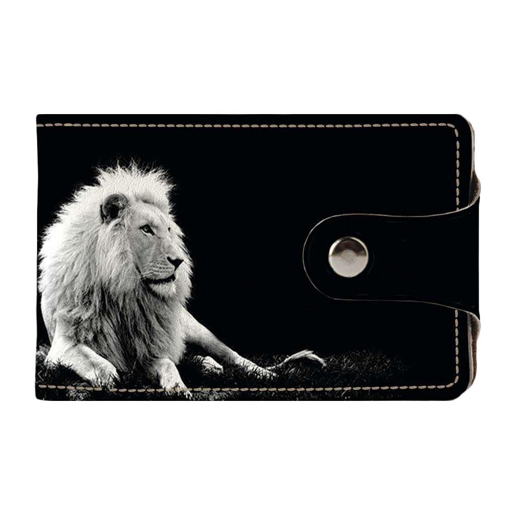 Визитница v.2.0. Fisher Gifts 190 Белый лев в темноте (эко-кожа)