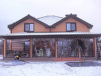 Прозрачные шторы ПВХ на большую кирпичную террасу