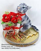 """Конфетный подарок с мягкой игрушкой""""Кот Тимка с raffaello"""""""