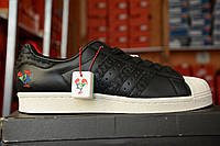 Кроссовки Adidas Superstar CNY Year of the Rooster Release Date Profile. Живое фото. (Реплика ААА+)