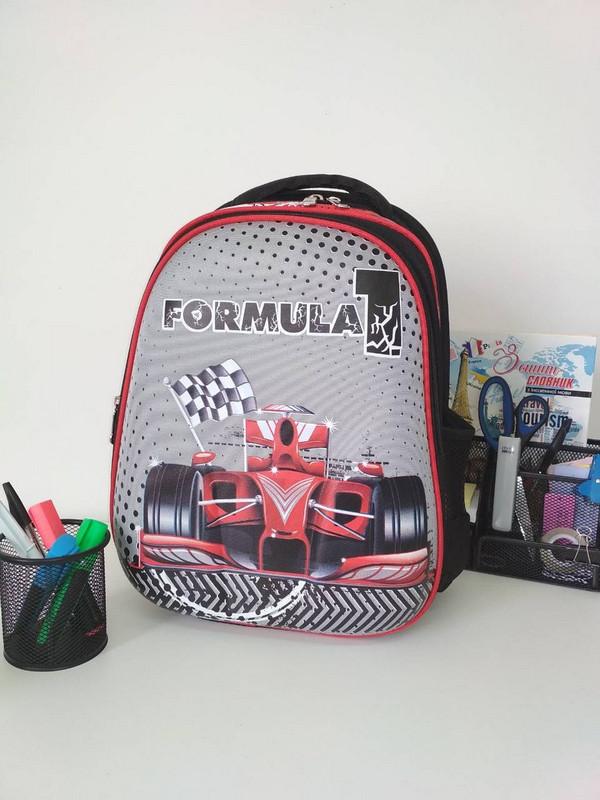 Школьный рюкзак для мальчика Формула 1 черного цвета 39*29*16 см