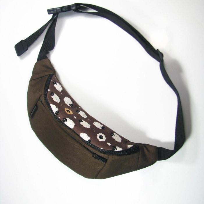 Поясная сумка Twins с барашками коричневая