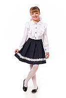 Школьная юбка для девочки в горошек декорирована кружевом