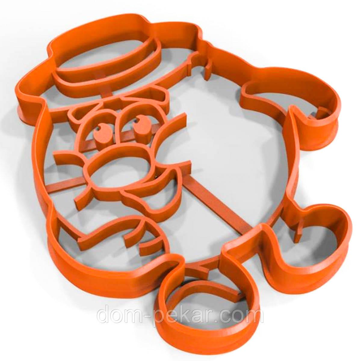 Вырубка для пряников Смешарик Копатыч 9*8 см (3D)