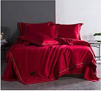 Постельный комплект из шелка красного цвета