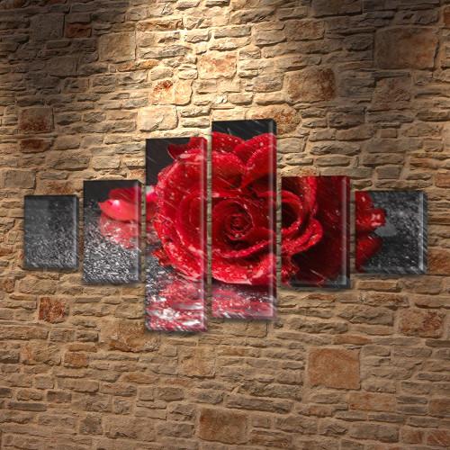 Модульная картина Роза на черном, 70x120 см, (25x18-2/35х18-2/65x18-2)