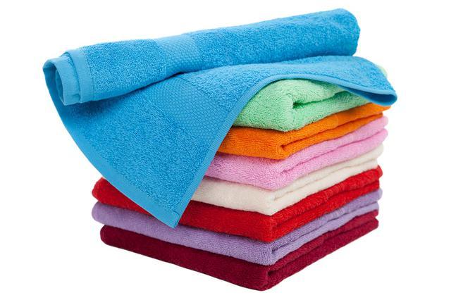Купальники, плавки, пляжные полотенца и аксессуары