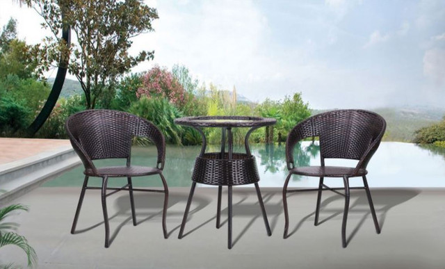 Кресло Catalina + стол Catalina ротанг коричневый (в интерьере)