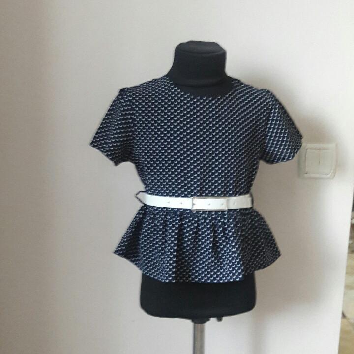 Школьная блузка синяя с ремешком