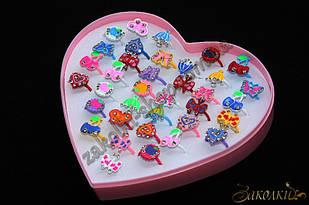 Кільця, пластикова коробочка у вигляді серця, безрозмірні(роз'ємні), 36 штук в коробці