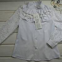 Блузка для девочки белая нарядная с кружевными рукавами. Размеры 146.