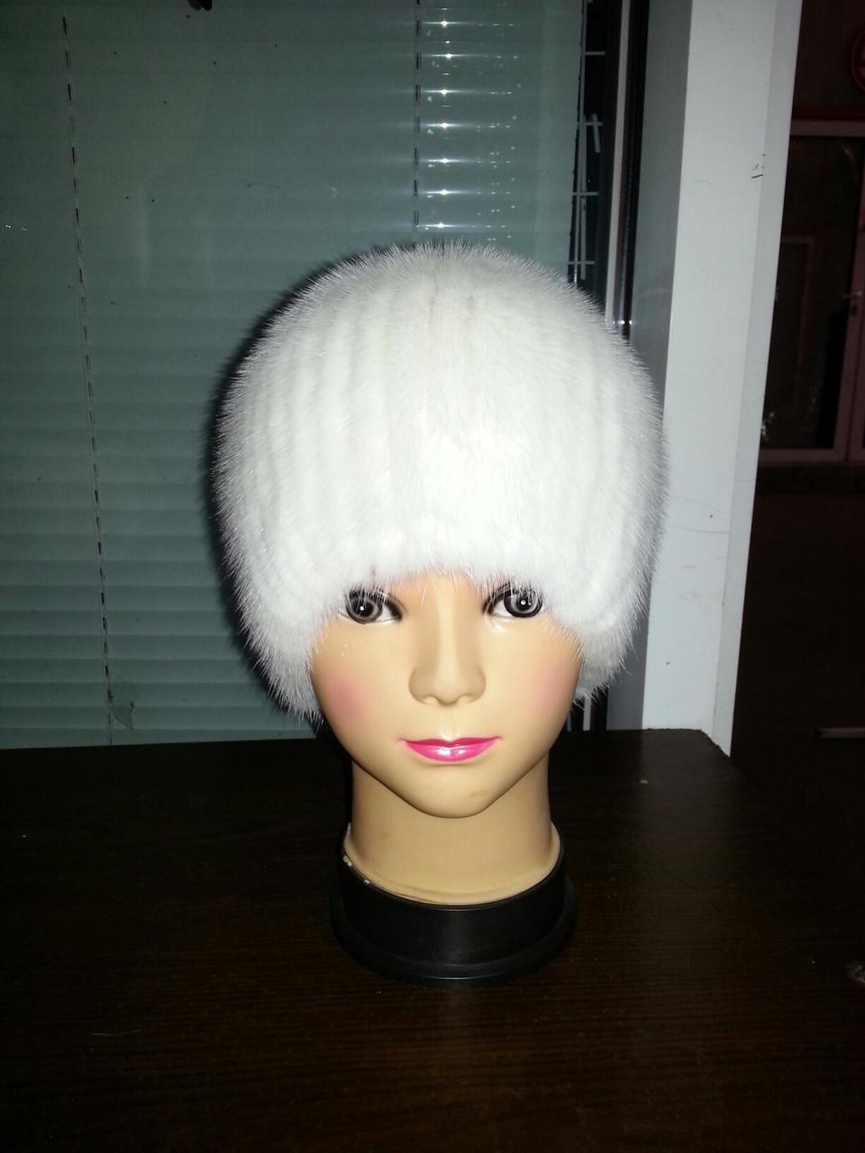 меховая шапка из белой норки на вязанной основе продажа цена в