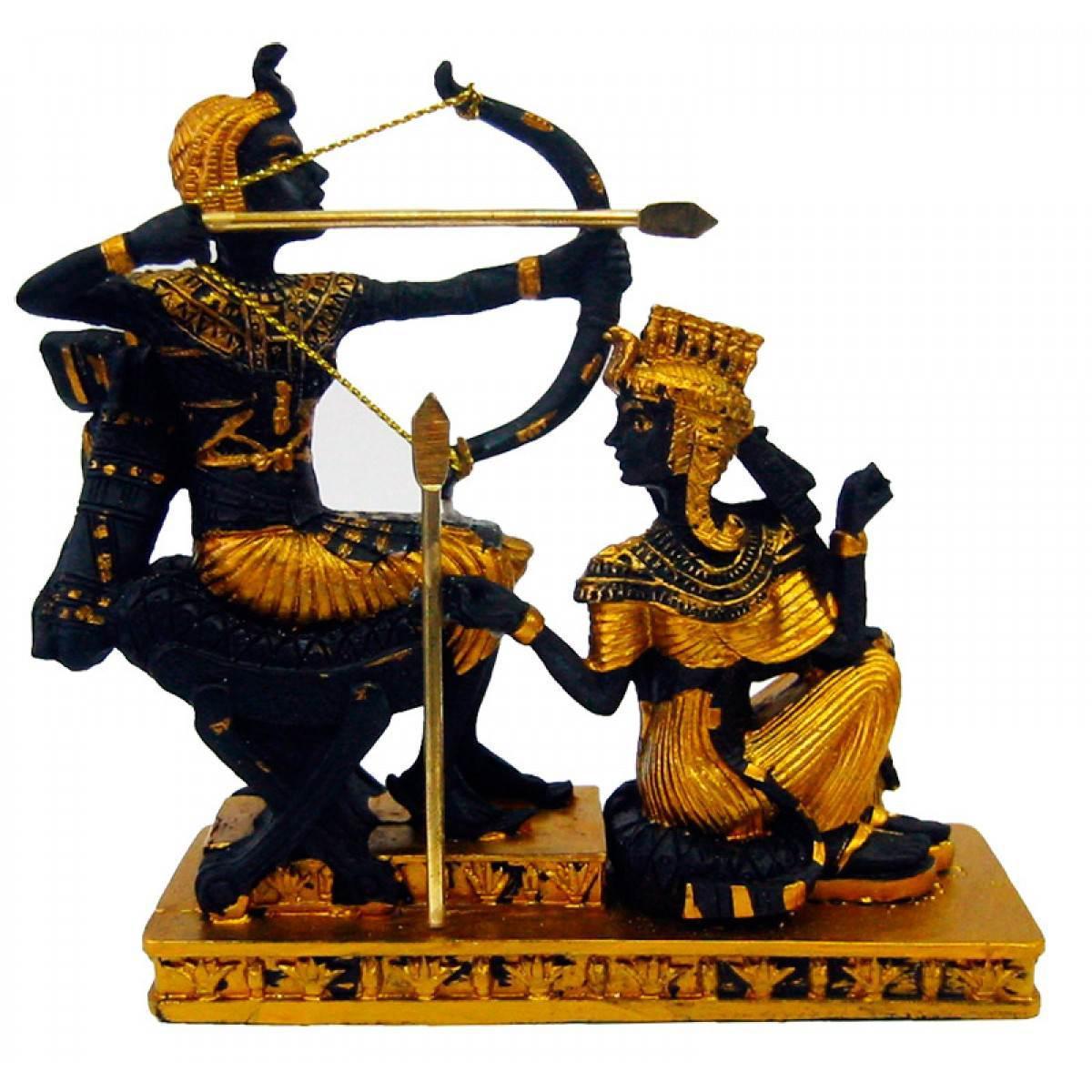 Статуэтка из полимера Фараон с Клеопатрой