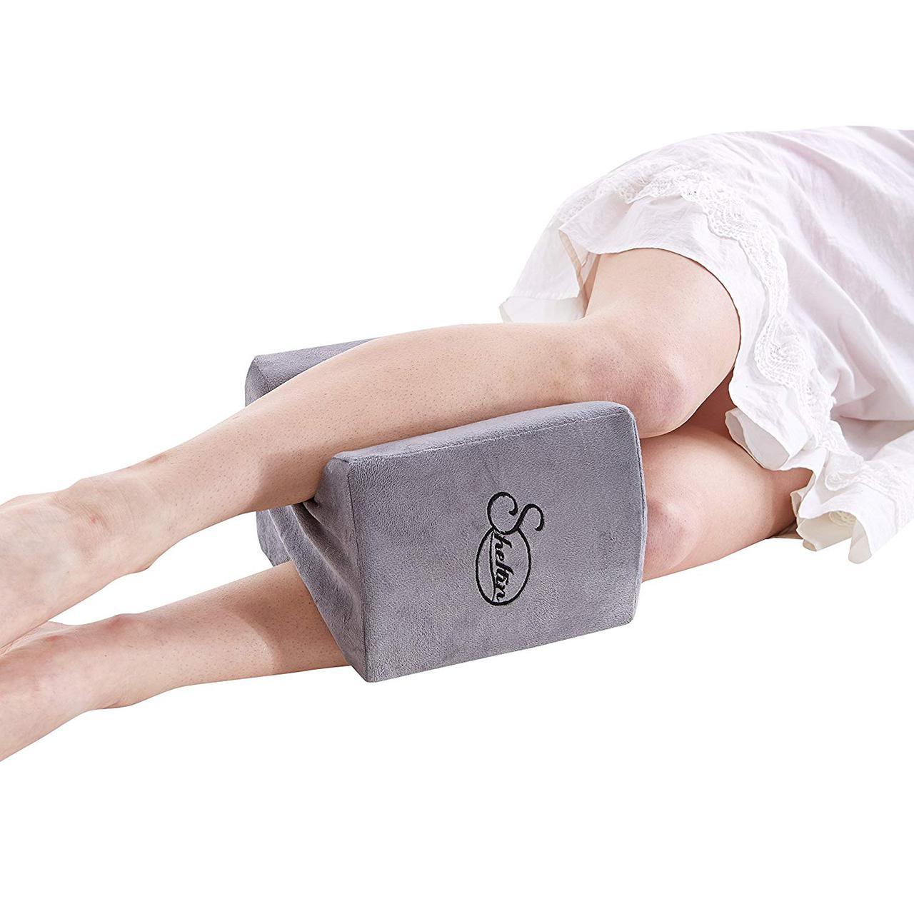 Ортопедическая подушка Sheltin для коленей из пены с памятью