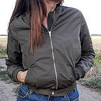 Женская куртка зеленая хаки