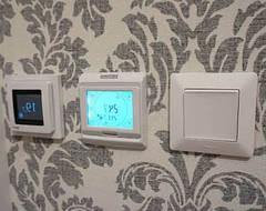 Какой выбрать терморегулятор: механический или программируемый?