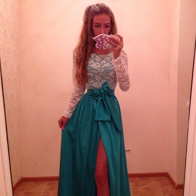 Платье гипюр перед