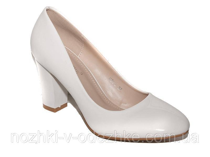 ac843e0e57a7 Нарядные белые лаковые туфли на широком каблуке 36 37 38 39 40 ...