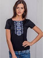 """Женская вышитая футболка: """"Орнамент синий"""" (черная), фото 1"""