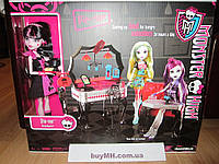 Кукла Monster High Die-Ner and Draculaura Playset and Doll Дракулаура и ее закусочная