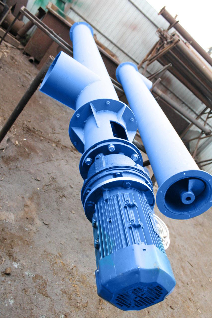 Шнековый транспортёр для цемента 270 мм. длинна 10 м. 30 т/ч двигатель 11 кВт. мотор редуктор перо 4 мм.