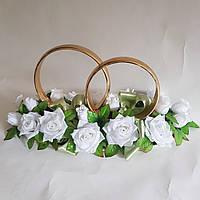 Кольца белые розы на крышу свадебной машины