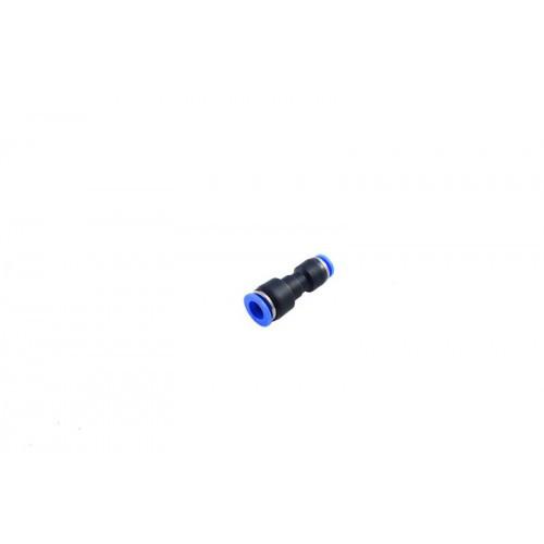 Фитинг-переходник для пластиковых трубок 8 x 6мм