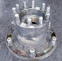 Задняя ступица ГАЗ-53 в сборе с подшипниками и шпильками (левая сторона)