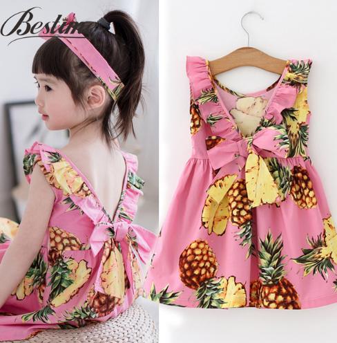 Детское платье летнее  розовое с ананасами