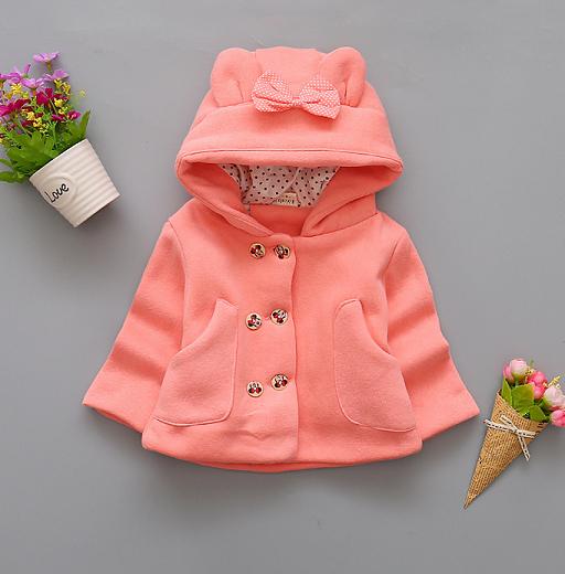 Пальто для девочек на весну с бантиком персиковое