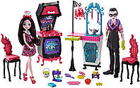 Набор Монстер Хай-Кухня монстров -Monster High Monster Family Vampire Kitchen Playset & 2-Pack Doll, фото 1