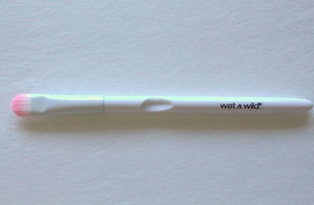 Wet n Wild Small Eyeshadow Brush