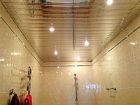 Потолки алюминиевые реечные подвесные золото зеркало