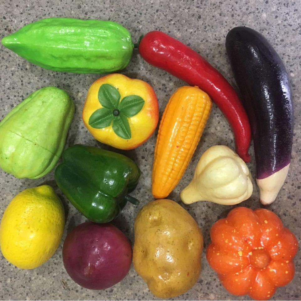 Набор искусственных овощей. Муляжи овощей.