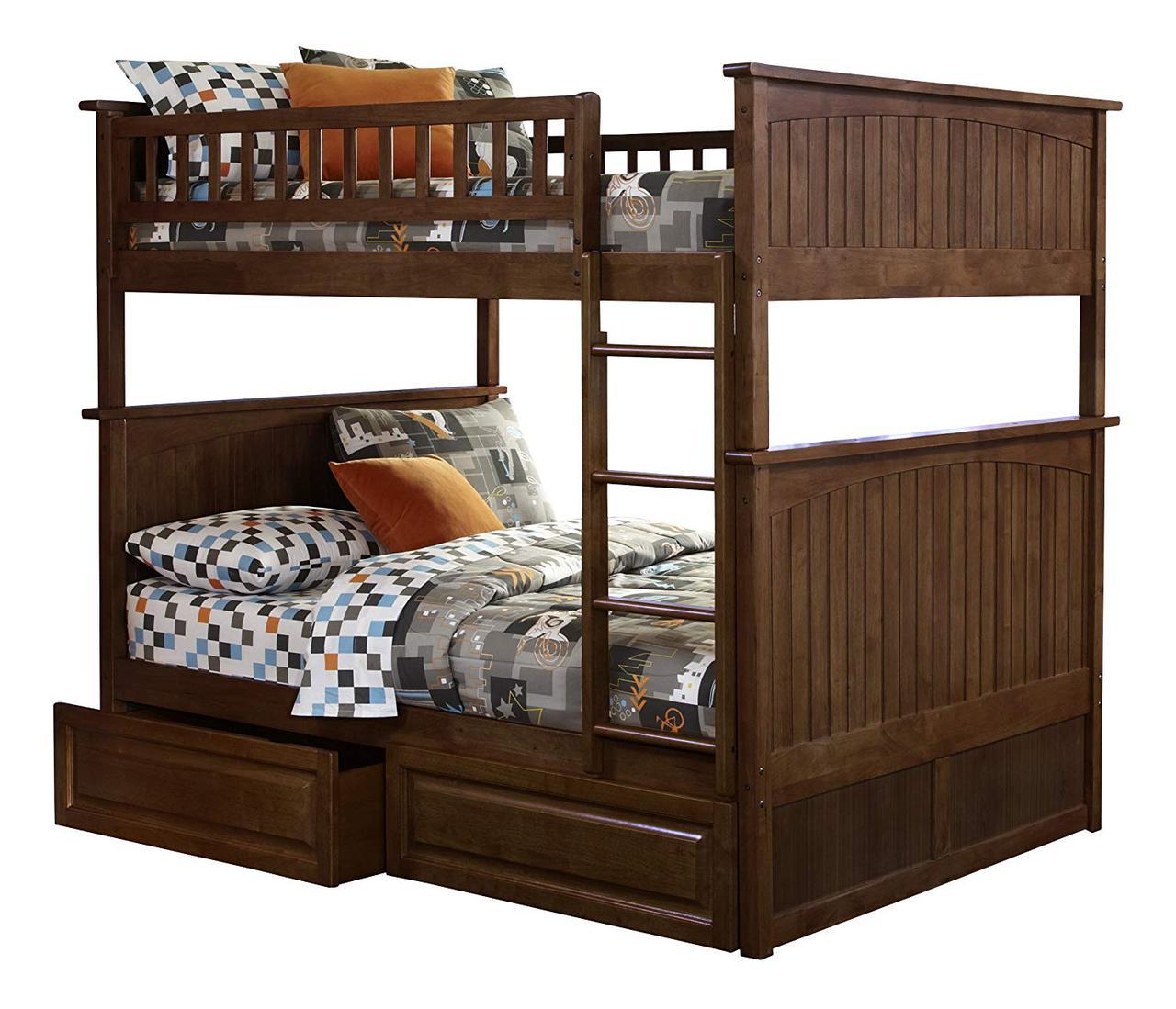 Двухьярусная кровать из массива дерева