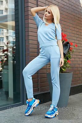 Костюм-двойка штаны и укороченная кофта
