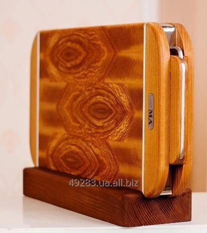 Торцевые разделочные доски из ценных пород дерева в сувенирном исполнении