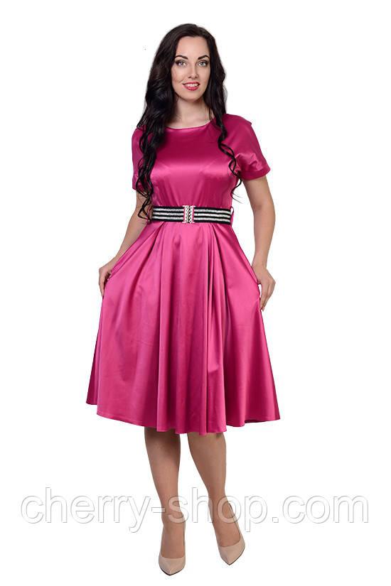 Стильне плаття з тканини атлас модного кольору