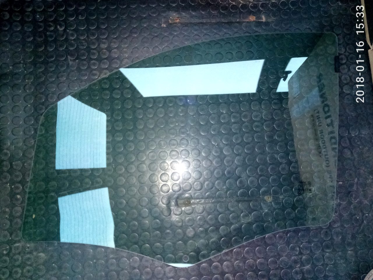 Скло правої передньої двері для Citroen (Сітроен) Nemo (08-)