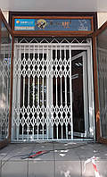 Раздвижные решетки на окна и двери 2 типа BEZAL