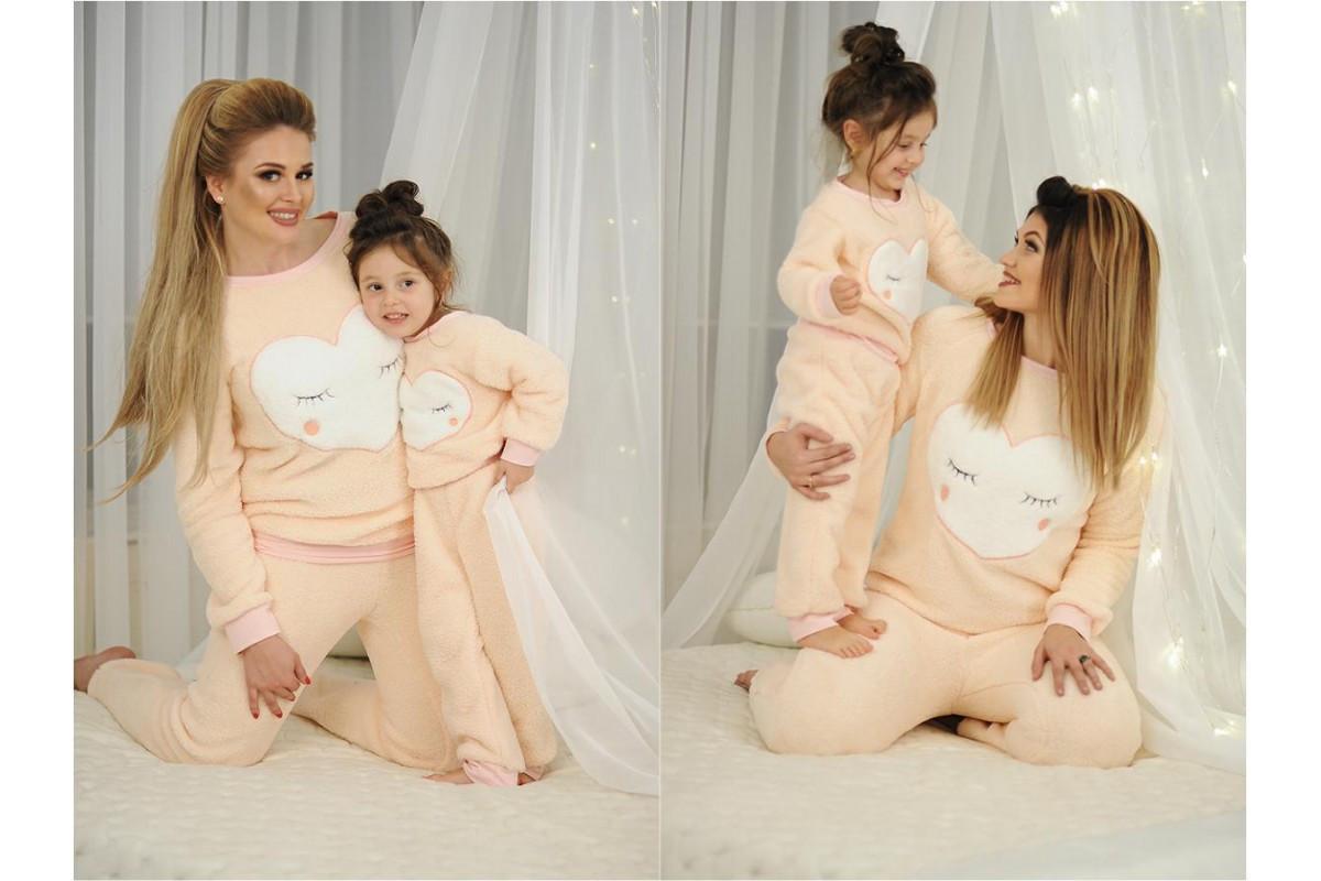 4ffed44219e2 ... Домашний мягенький теплый детский махровый костюм пижама, серия мама и  дочка, ...