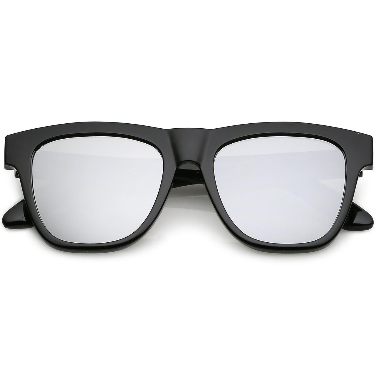 Мужские классические квадратные солнцезащитные очки в чёрной глянцевой оправе с серебряны зеркальными линзами