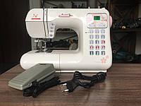 "Комп""ютеризована швейна машина Janome DC4030, фото 1"